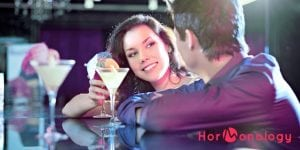 You prefer flirtatious compliments more depending on where you are in your monthly cycle - Hormonology